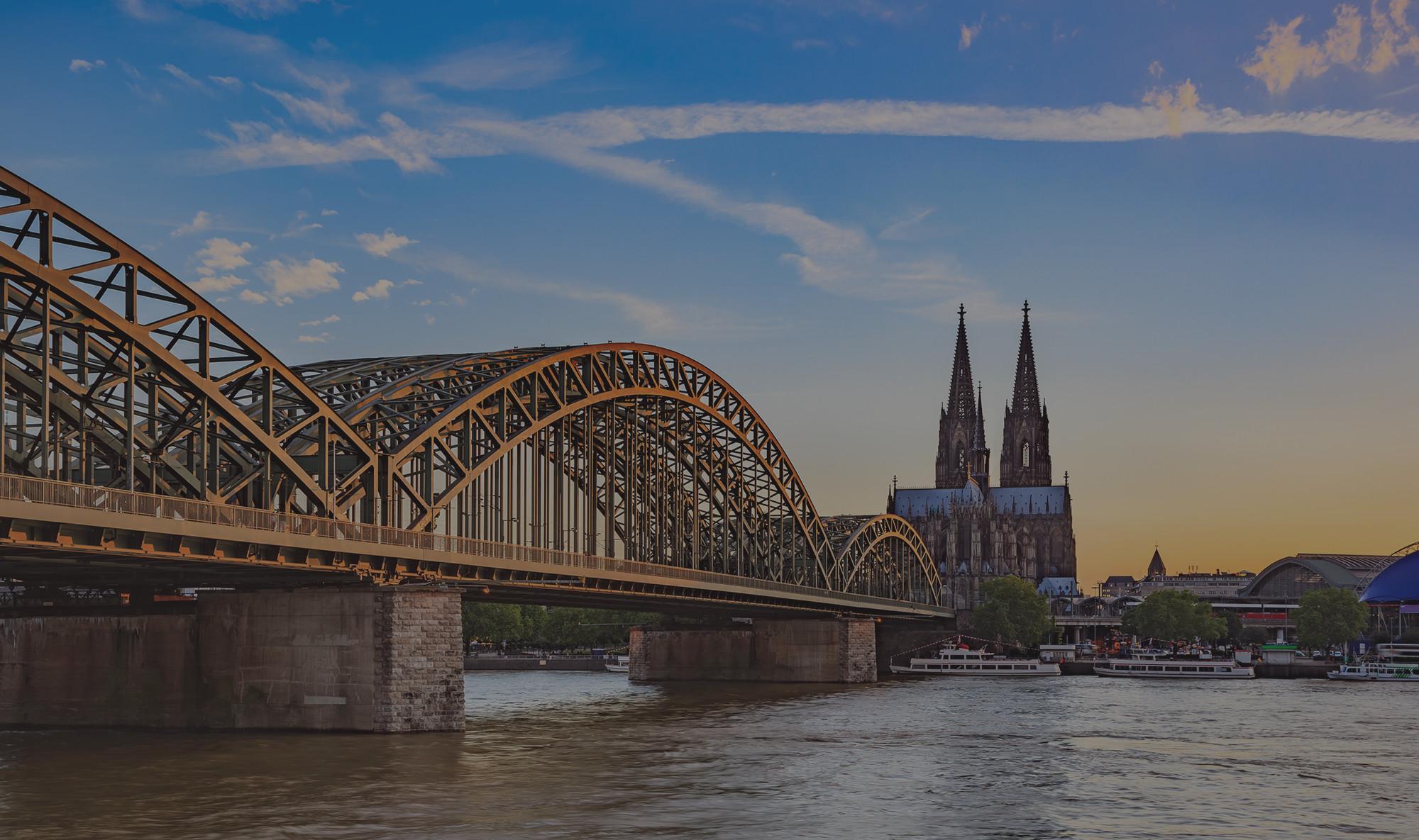 Panorama Kölner Dom und Hohenzollernbrücke