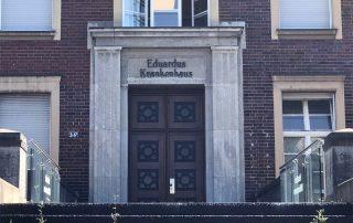 Der Eingang zum nahegelegenen Eduardus-Krankenhaus