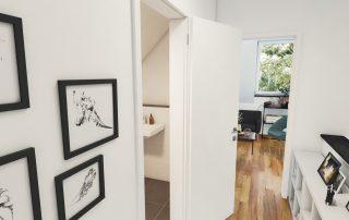 Blick in einen Flur mit geöffneter Badezimmertür